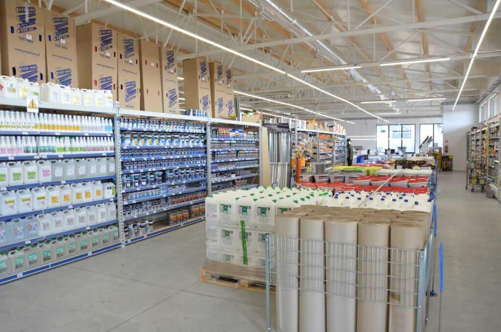 bat sierakowice market budowlany